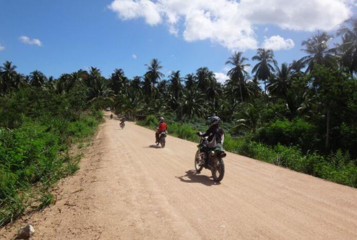 Fast Pattaya Dirtbike Tour